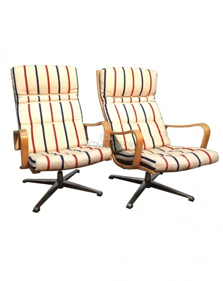 Pair of Swivel Loungechairs, Sweden, 1970s