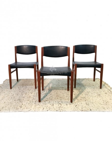 Tres sillas Palosanto.