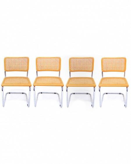 Cuatro sillas Cesca