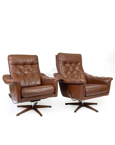 Pair of Brown Leather Loungechairs, 1970s